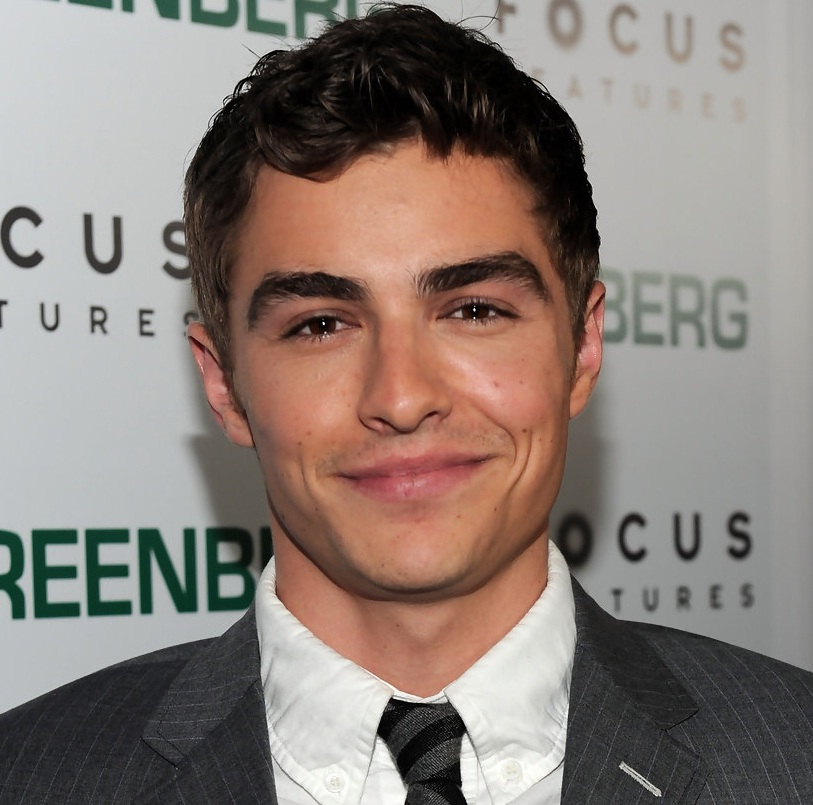 Dave Franco Bio, Wiki, Girlfriend or Married and Net Worth